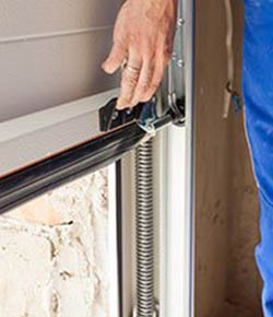 United Garage Door Service Detroit, MI 248-491-3580